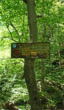 trail junction to twin mountain